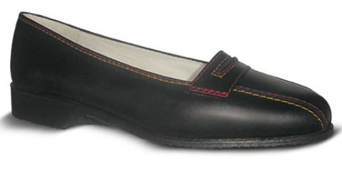 Zapatos comodos de azafata, clave para su salud