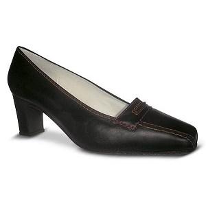 Zapatos-comodos-para-azafatas-negros-modelo-Alti